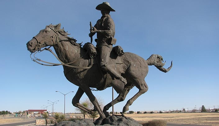 Image with caption: A statue commemorating the Buffalo Soldier stands in Fort Bliss in El Paso. The late John Morton-Finney, believed to be the longest practicing attorney in the United States, served with the Buffalo Soldiers in the First World War. (Photo courtesy Ancheta Wis at Wikimedia Commons)