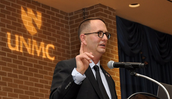 Image with caption: Daniel Shipp, Ed.D., gives the Richard E. Bradley Memorial Lectureship at the 2018 College of Dentistry Professionals Day event. (Photo by Peggy Cain)