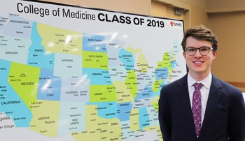 UNMC | Print - 128 UNMC medical students receive residency